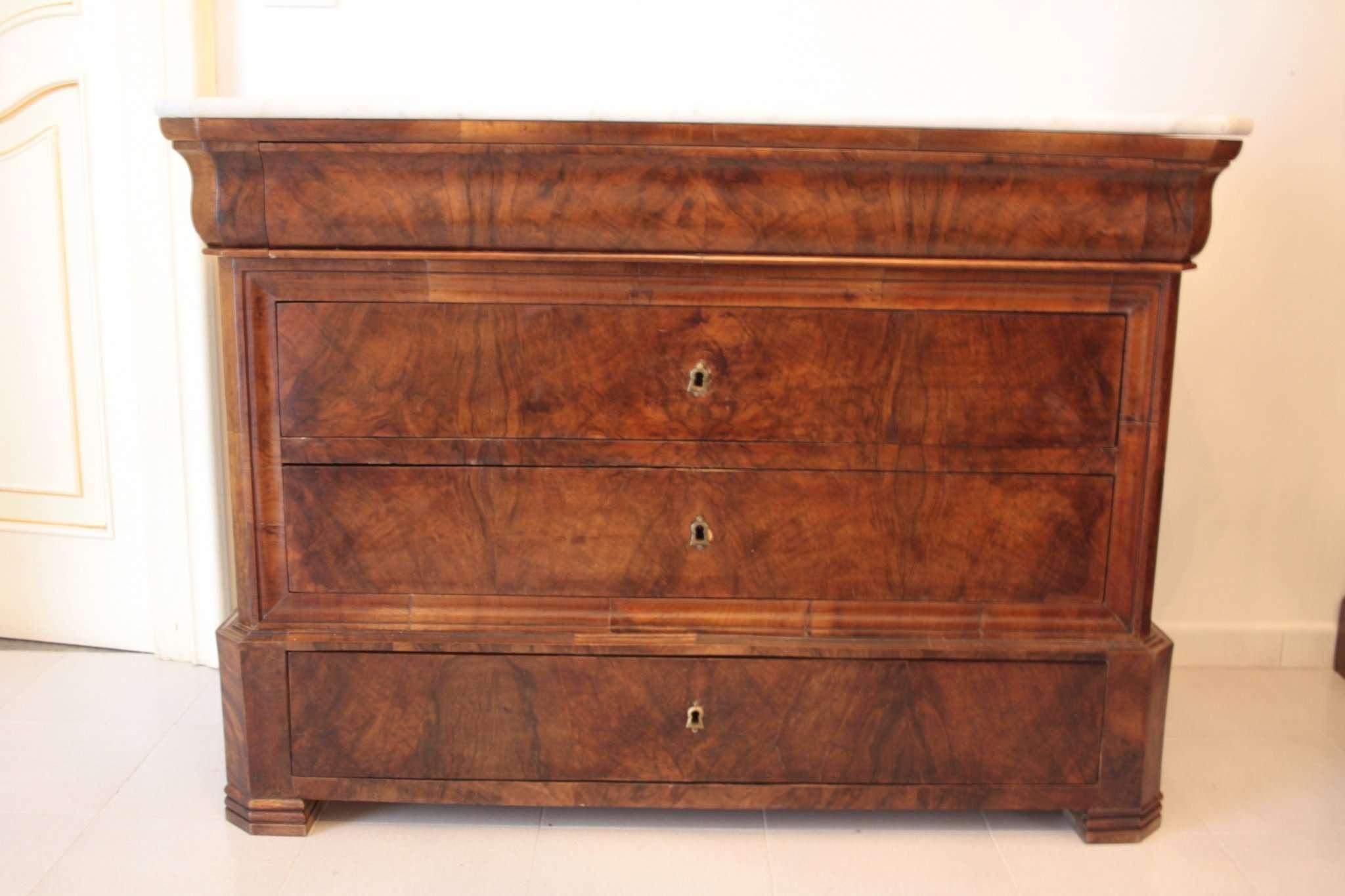 Walnut dresser Charles X